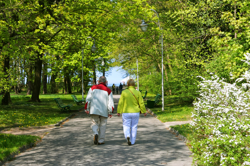 outdoor walking club for seniors ottawa nepean